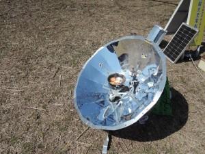 太陽熱(ソーラー)クッカーでゆで卵をつくる