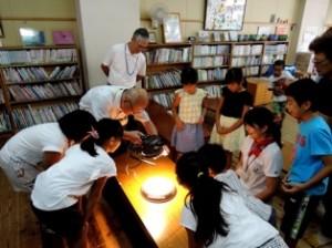 再エネ事業江平小児童クラブ ソーラーバッタ相撲大会