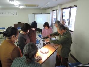 宮崎市環境学習ステップアップ講座 ソーラーバッタで相撲